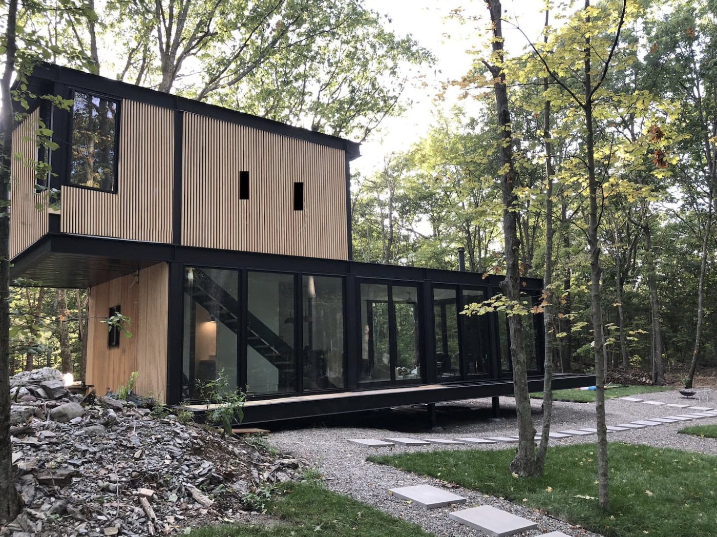 Air Bnbs I would travel to right now blog post Brand new glass home with Hot Pool near Rhinebeck
